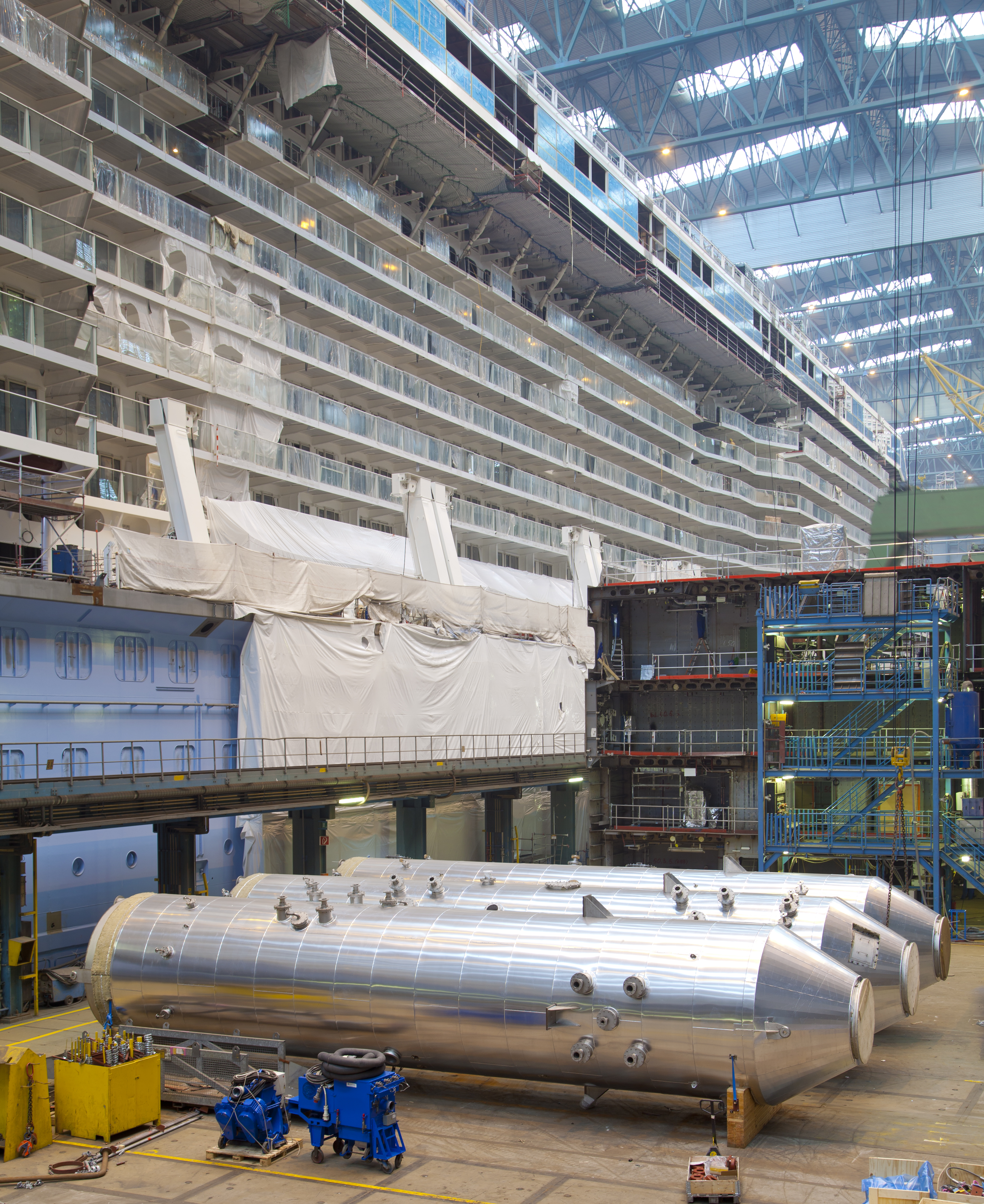 Yara Marine scrubber installation on Norwegian Escape at Meyer Werft